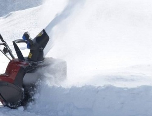 Best Self Propelled Electric Snow Blower: Buying Guide