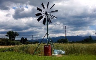 Best Wind Powered Water Pumps For a Pond